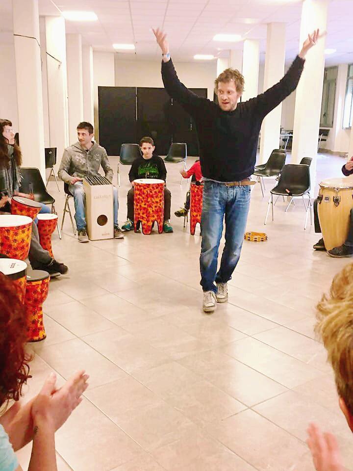 Drum circle - Alessandro Morbelli - Facilitatore